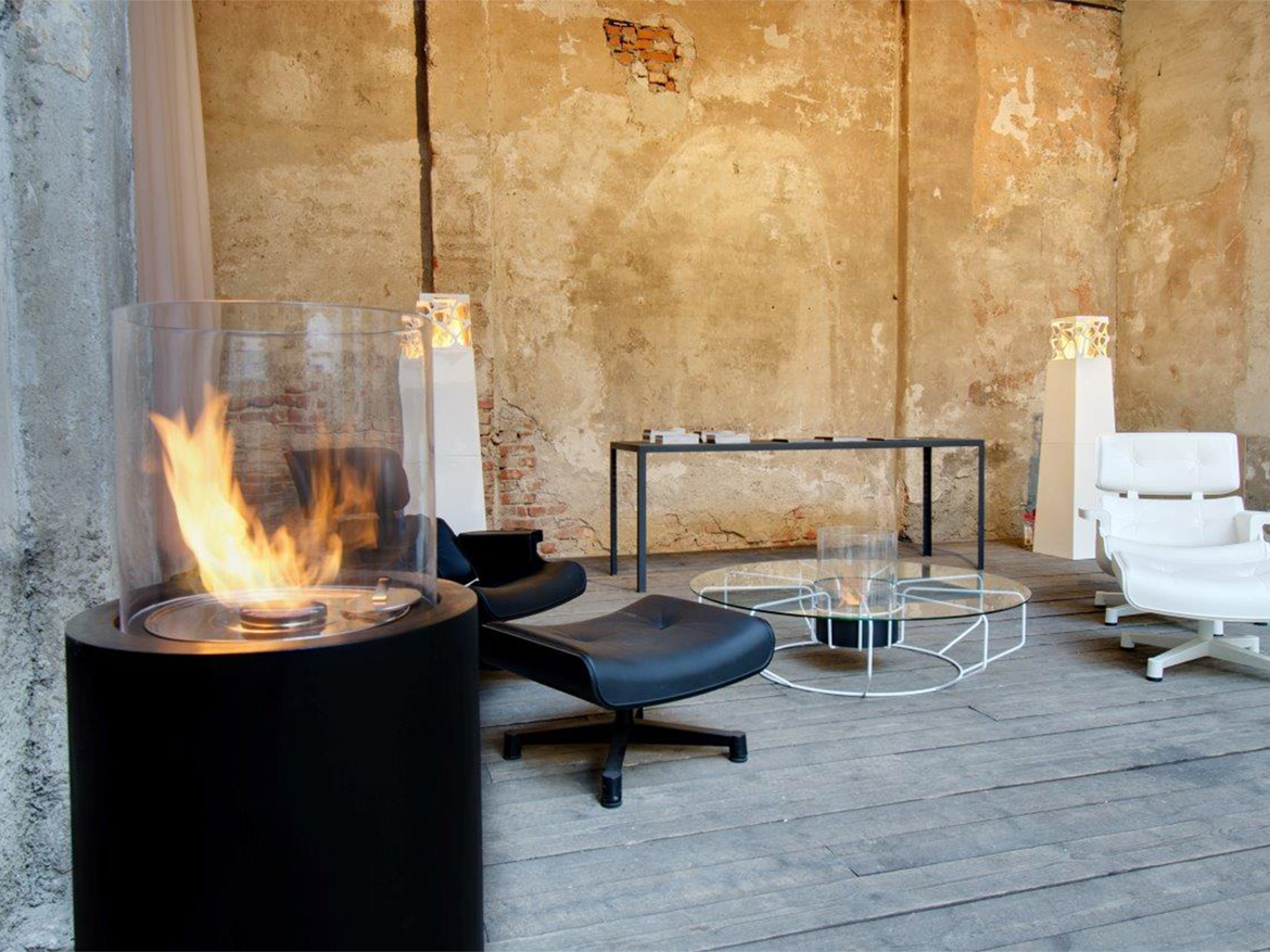 Totem portable fireplace by Planika, Commercial space, Portugal
