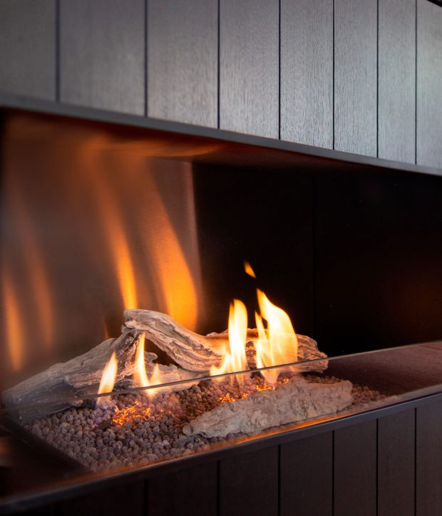Биокамин Planika Pure Flame встраиваемый в мебельную тумбу под телевизор